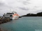 Le Betico 2 amarré à Maré, dans la Baie de Tadine