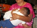 Meava et son petit-fils Kensy